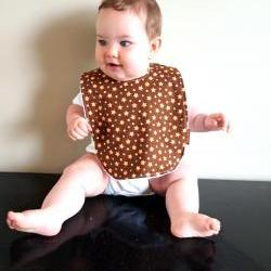 baby bib stars brown
